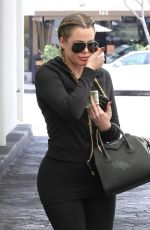 KHLOE KARDASHIAN Leaves a Gym in Beverly Hills 04/30/2015