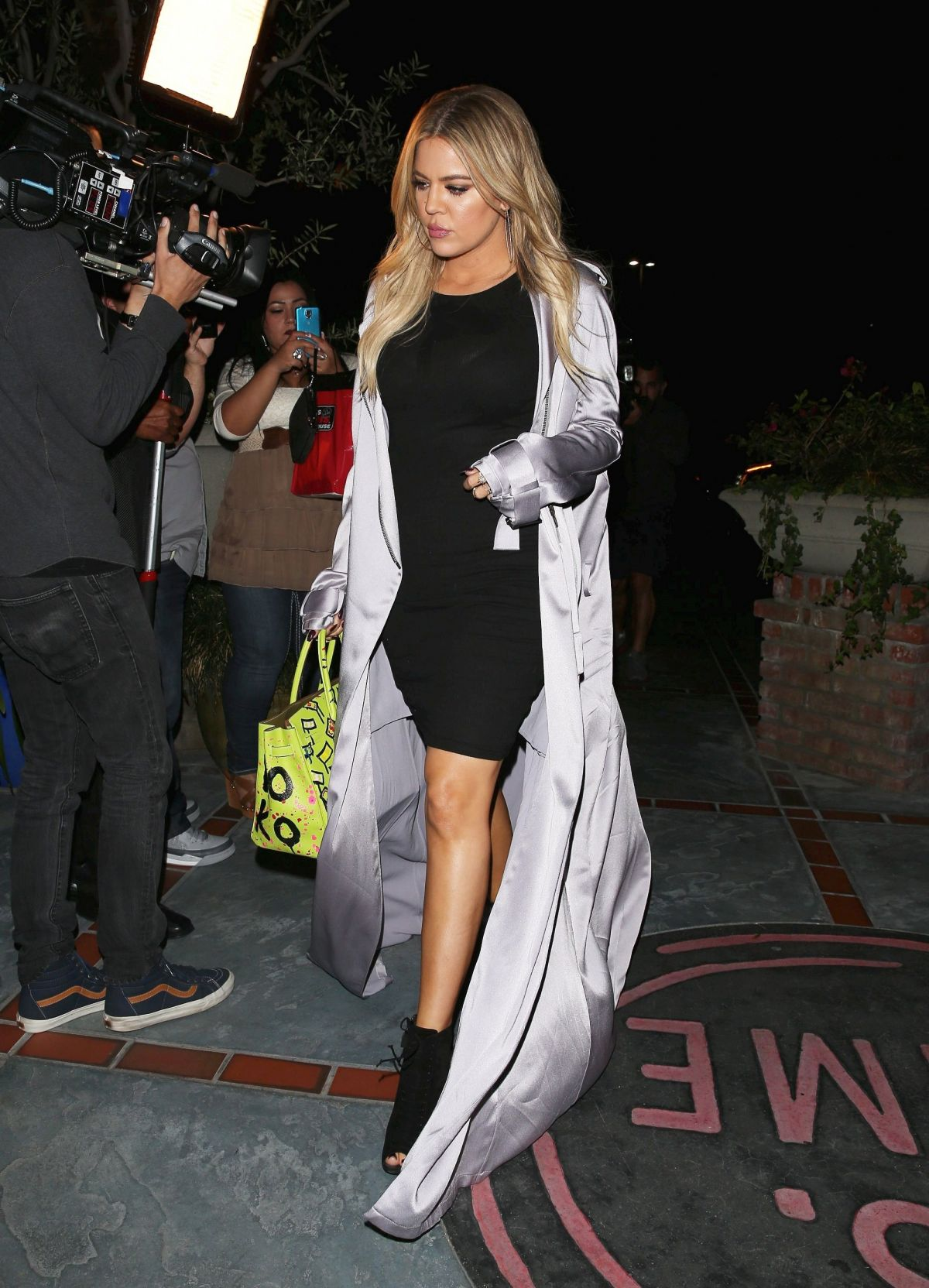 KHLOE KARDASHIAN Night Out in Los Angeles 05/16/2015