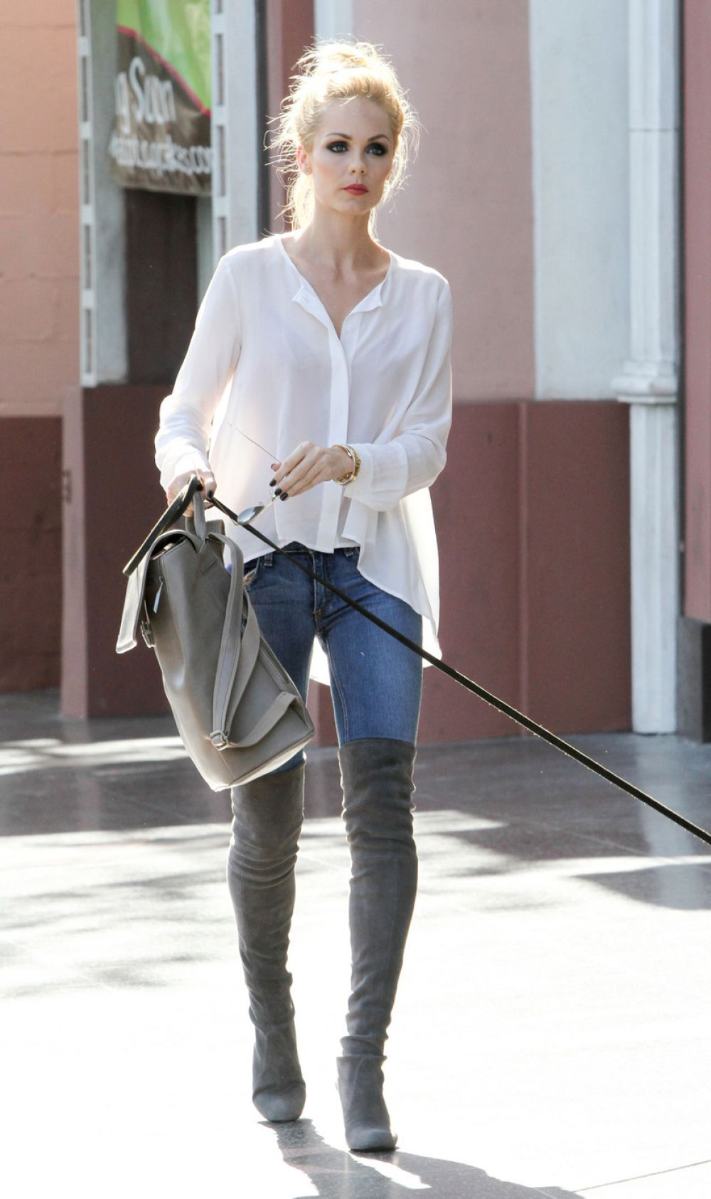 Laura Vandervoort Walks Her Dog Out In Los Angeles 05 11
