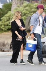LEANN RIMES Out and About in Calabasas 05/17/2015