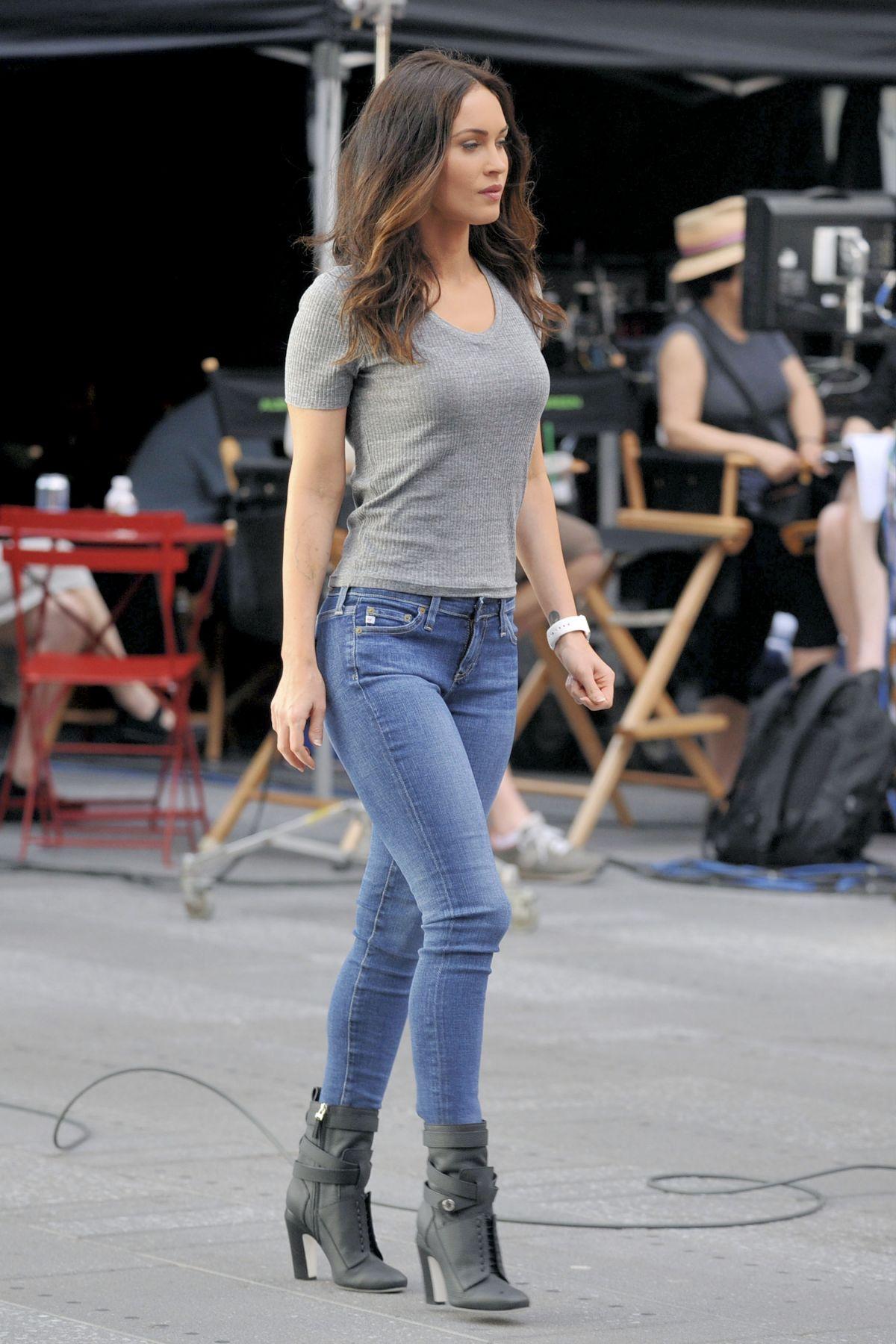 Megan Fox On The Set Of Teenage Mutant Ninja Turtles 2 05 11 20152