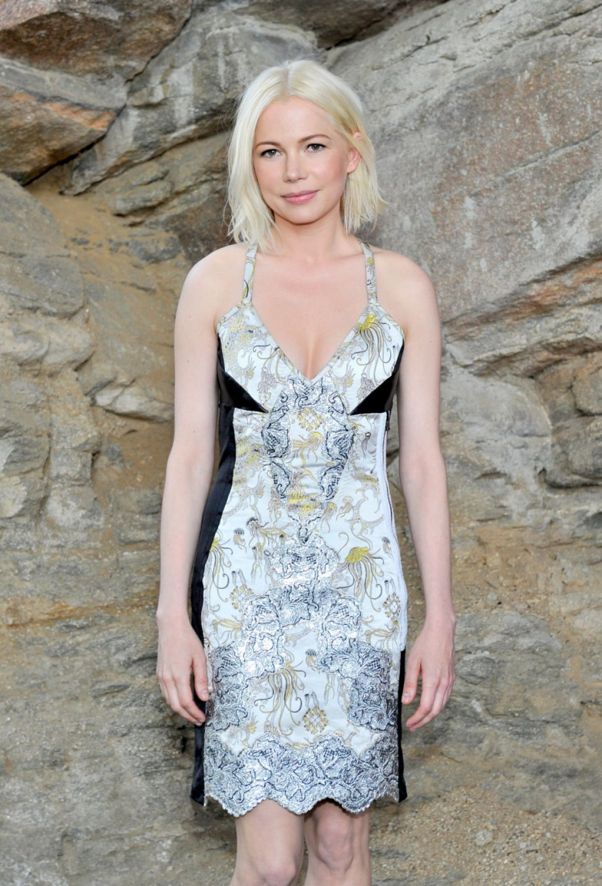 MICHELLE WILLIAMS at Louis Vuitton Cruise 2016 Resort Collection in ...