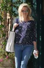 REESE WITHERSPOON Leaves a Meeting in Santa Monica 05/01/2015