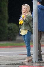 REESE WITHERSPOON Out and About in Los Angeles 05/15/2015