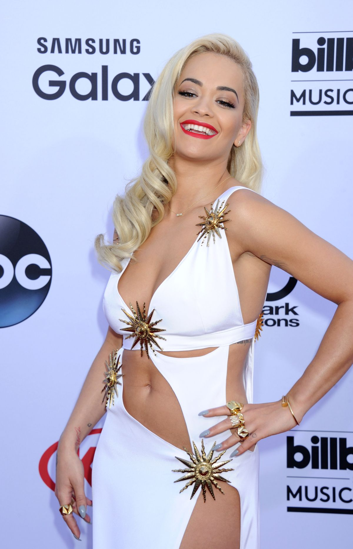 Rita ora billboard music awards in las vegas new pics