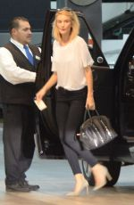ROSIE HUNTINGTON-WHITELEY arrives at a Office in Beverly Hills 05/21/2015