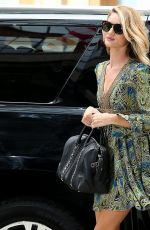 ROSIE HUNTINGTON-WHITELEY Arrives at Crosby Hotel in New York 05/12/2015