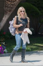 SARAH MICHELLE GELLAR Out and About in Los Angeles 05/27/2015