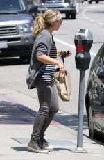 SARAH MICHELLE GELLAR Out Shopping in Brentwood 05/29/2015