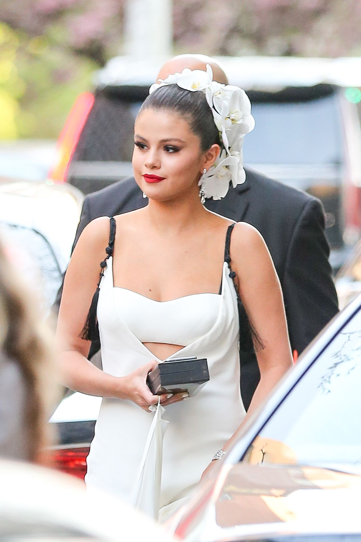 SELENA GOMEZ Leaves Her Hotel in New York 05/04/2015