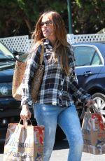 SOFIA VERGARA Leaves Bristol Farms in Beverly Hills 05/02/2015