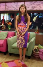 STEFANIE SCOTT at Despierta America Morning Show in Miami