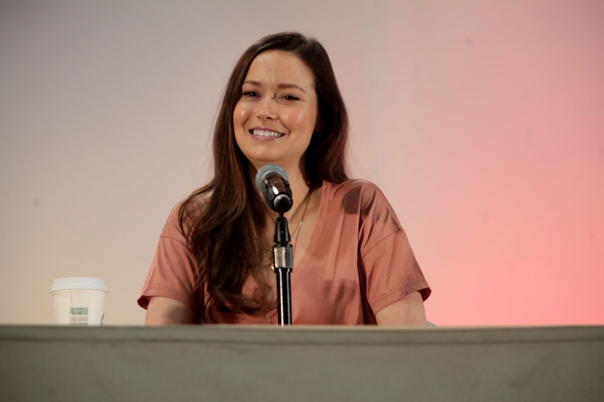 SUMMER GLAU at Phoenix Comic-Con in Phoenix