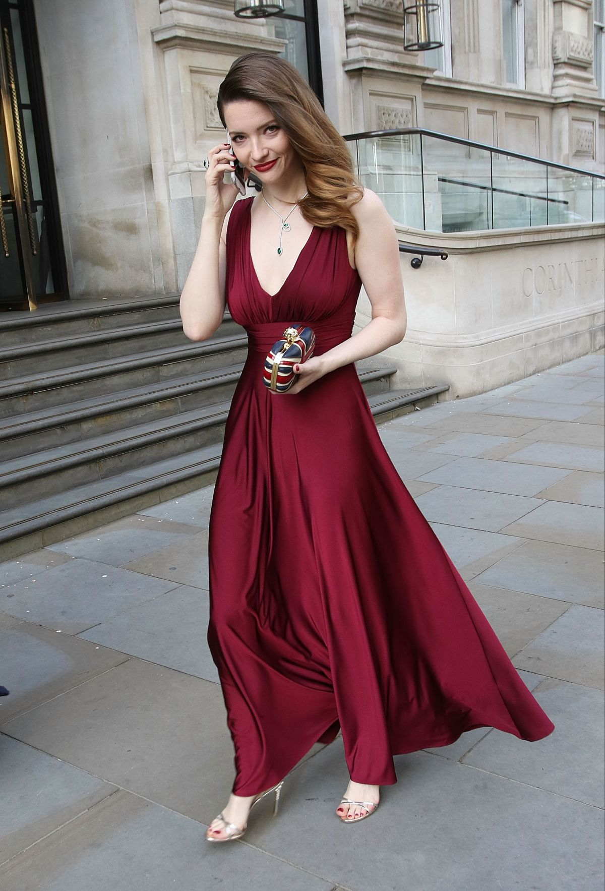 [Image: talulah-riley-at-bafta-2015-awards-in-london_10.jpg]