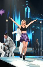 TAYLOR SWIFT at 1989 World Tour in Tokyo