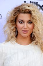 TORI KELLY at 2015 Billboard Music Awards in Las Vegas