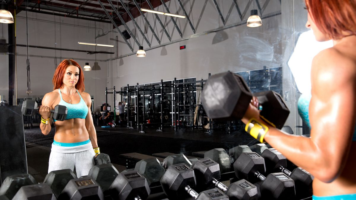 WWE – BECKY LYNCH Trains at The WWE Performance Center