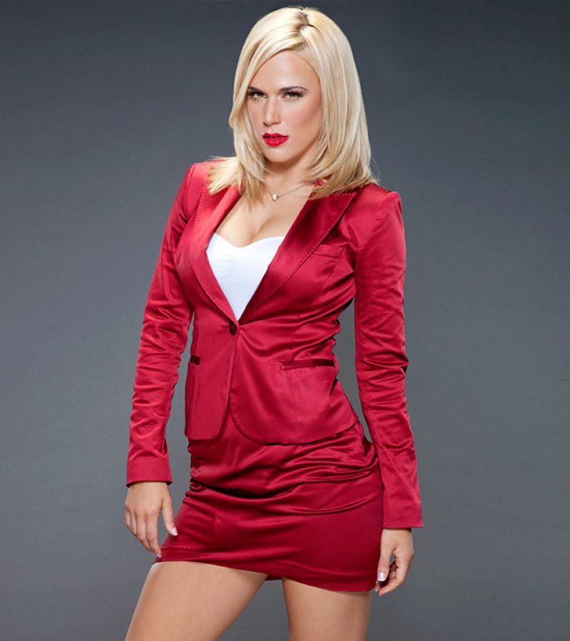 Want lana wwe naked HOT!
