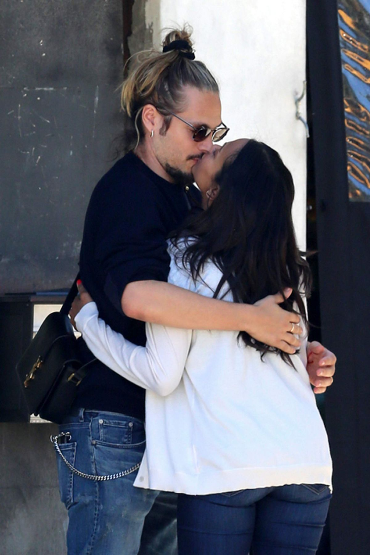 ZOE SALDANA and Marco Perego Kissing After Lunch in Los Angeles