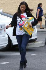 ZOE SALDANA Shopping at Babies R US in Van Nuys 05/17/2015