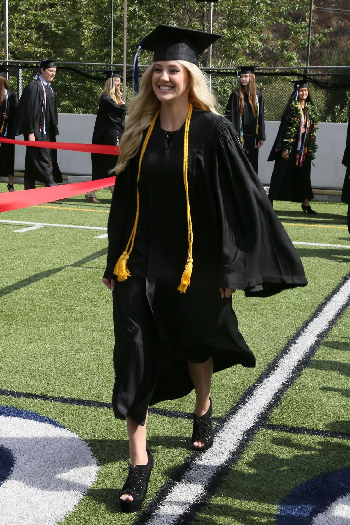 ava sambora graduates from viewpoint high school in