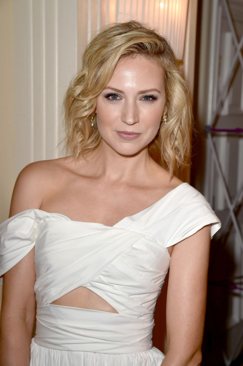 BETH RIESGRAF at Thewarp's 2015 Emmy Party in West Hollywood