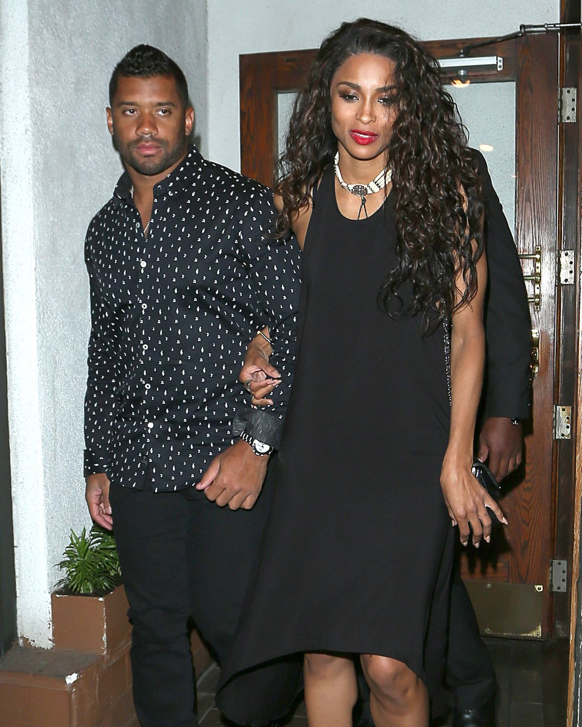 CIARA LEAVES Madeos Restaurant in Los Angeles 06/28/2015