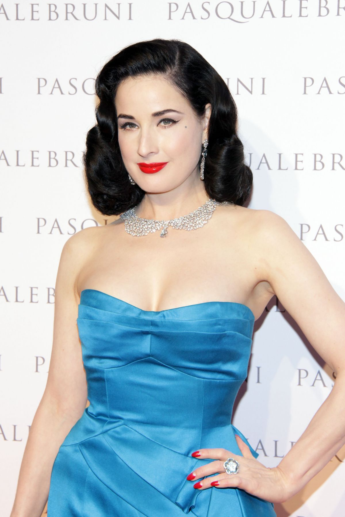 DITA VON TEESE at Pasquale Bruni Secret Gardens Collection Cocktail ... Dita Von Teese