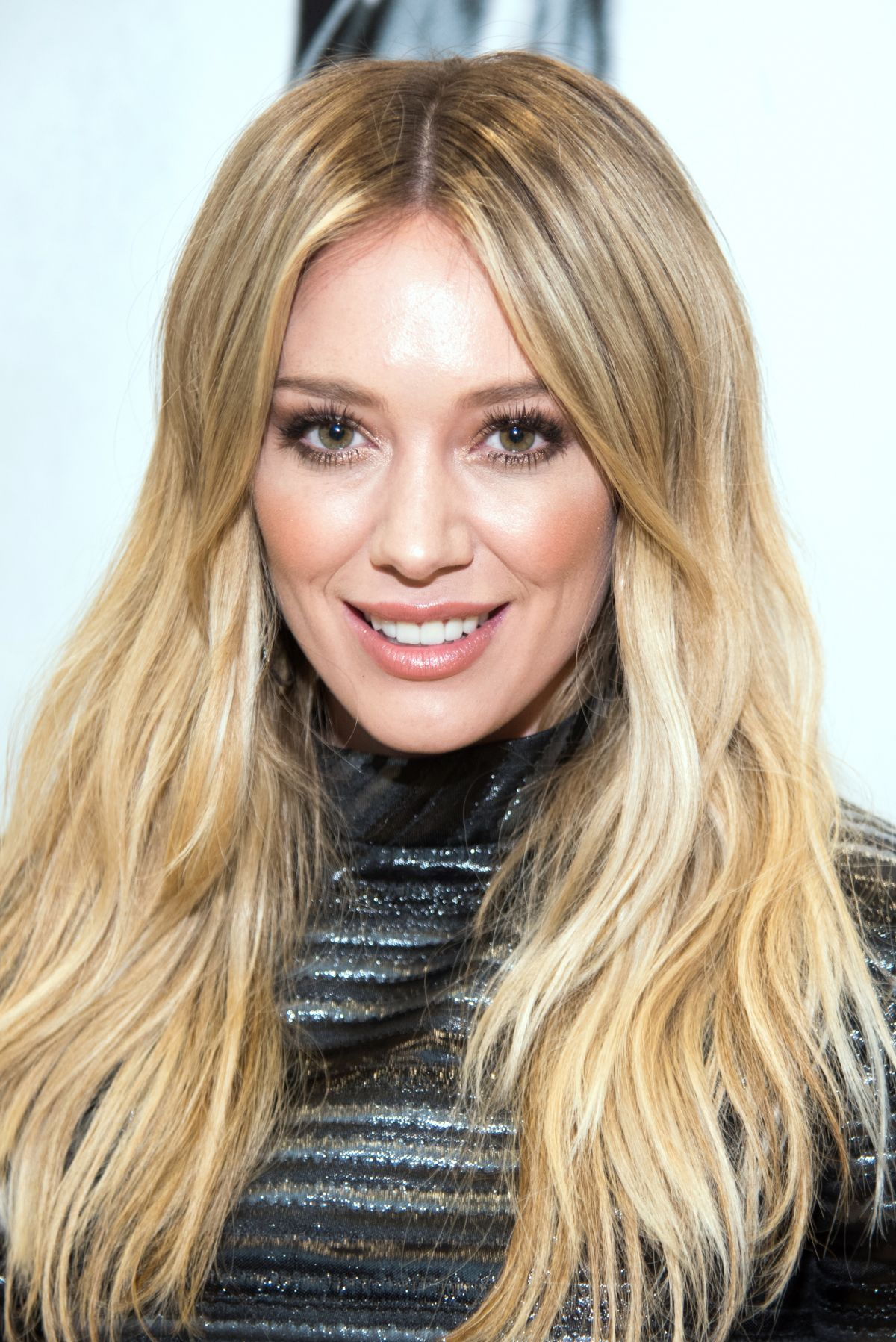 HILARY DUFF at Breathe In, Breathe Out CD Signing Event in ... Hilary Duff