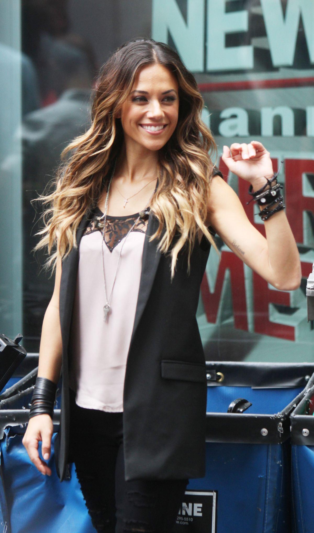 JANA KRAMER Peforms at Fox & Friends All-american Summer