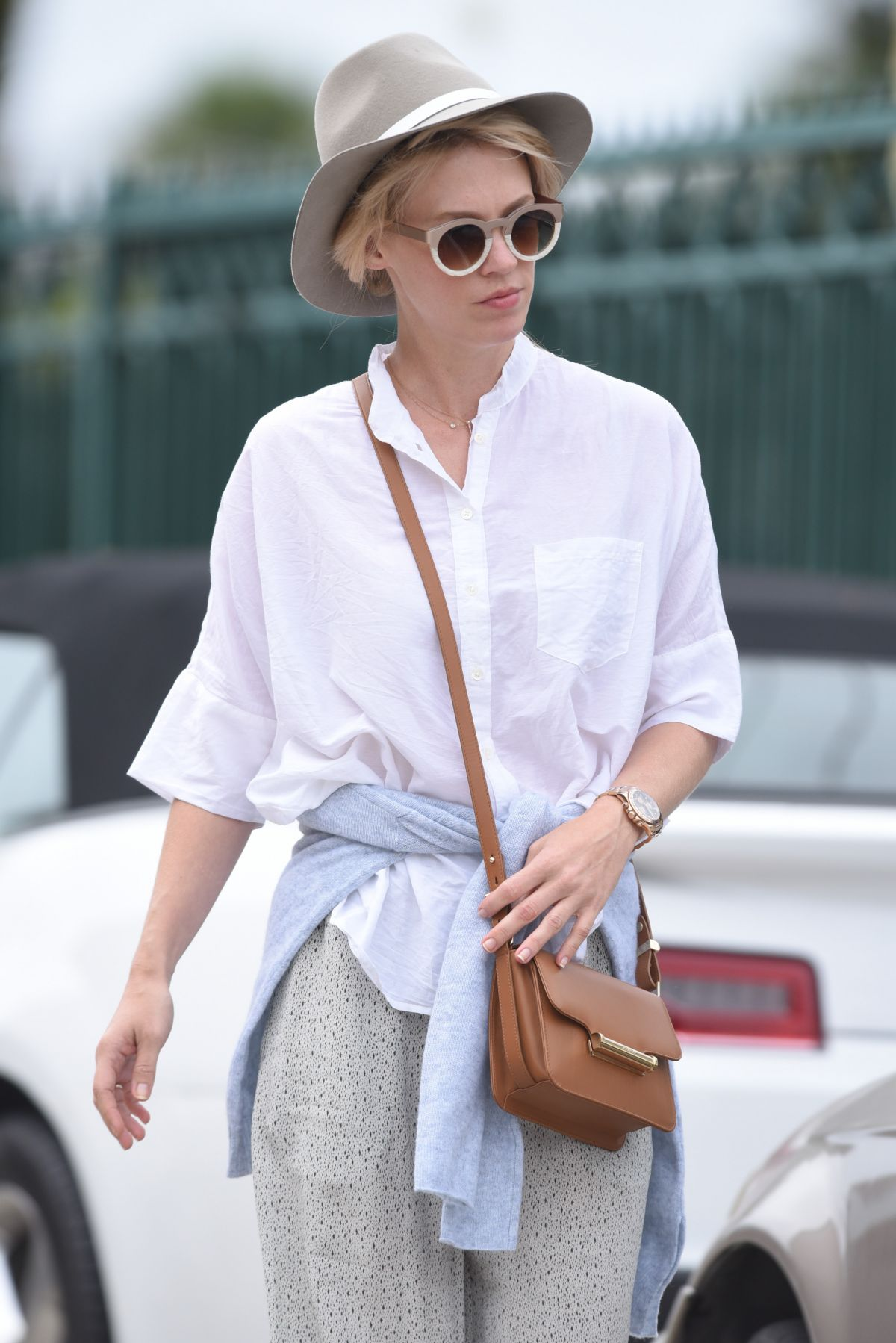JANUARY JONES Out and About in Santa Monica 06/04/2015