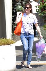 JENNIFER GARNER Leaves Farmer