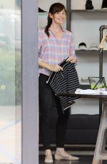JENNIFER GARNER Shopping in Brentwood 06/13/2015