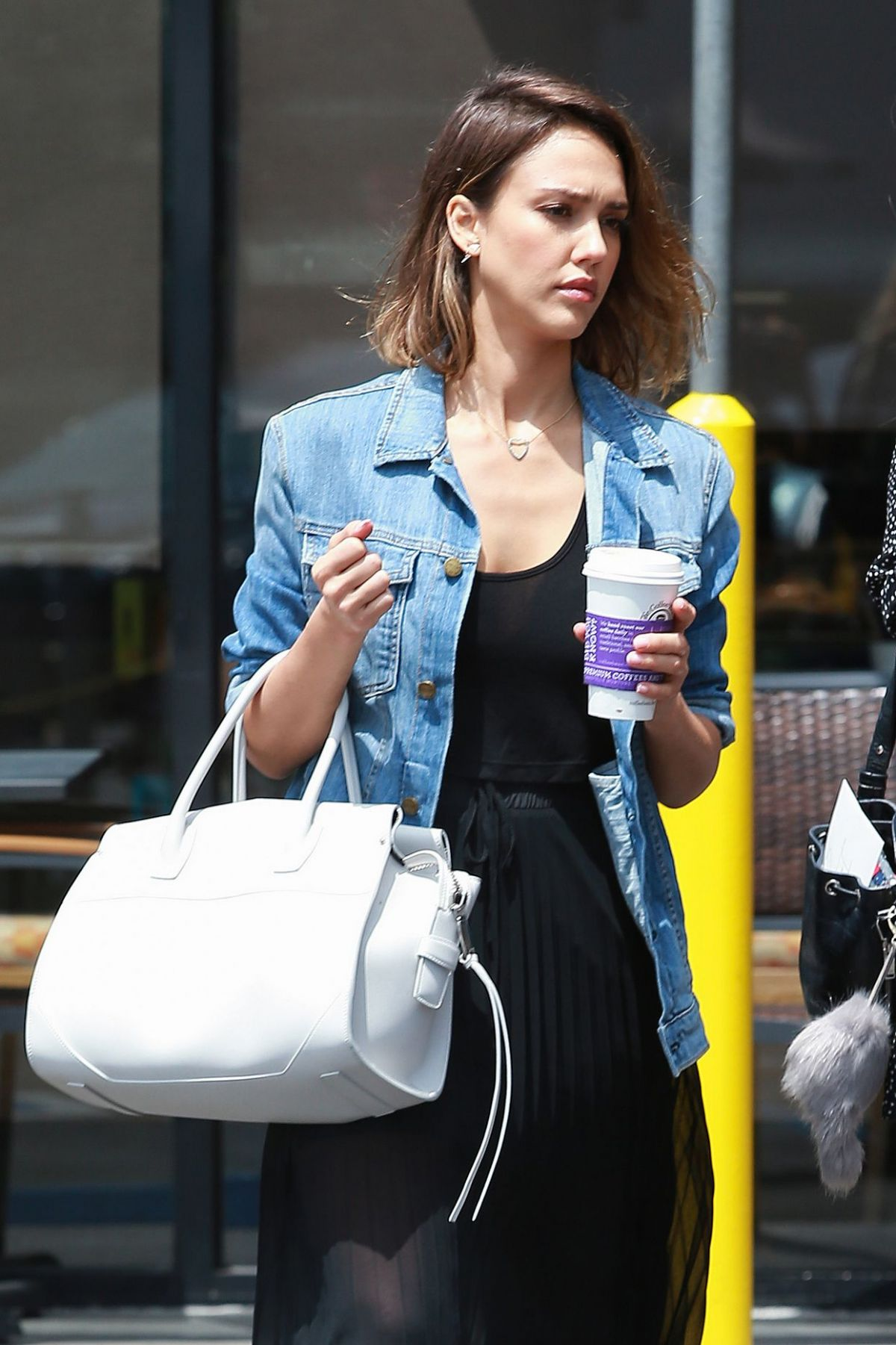 JESSICA ALBA Out and About in Los Angeles 06/14/2015