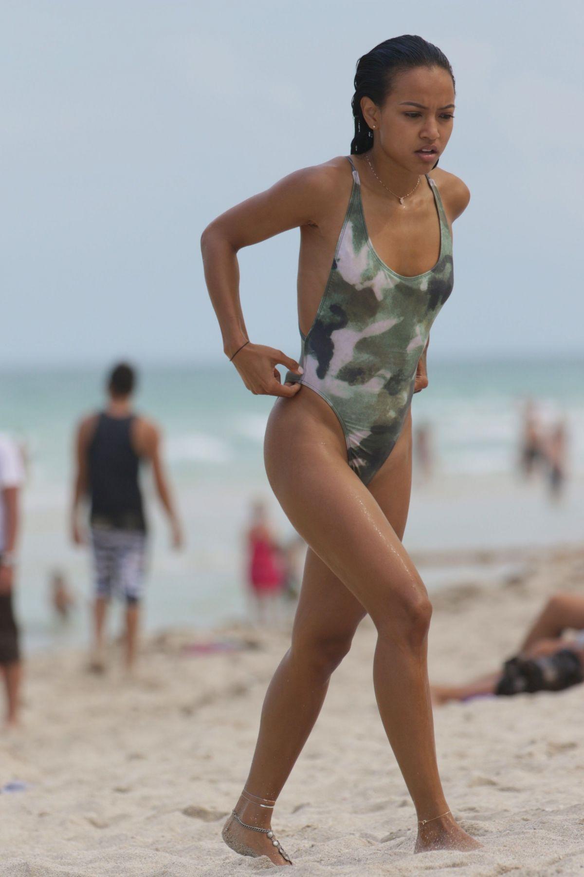 Raven Symone In Bikini 105