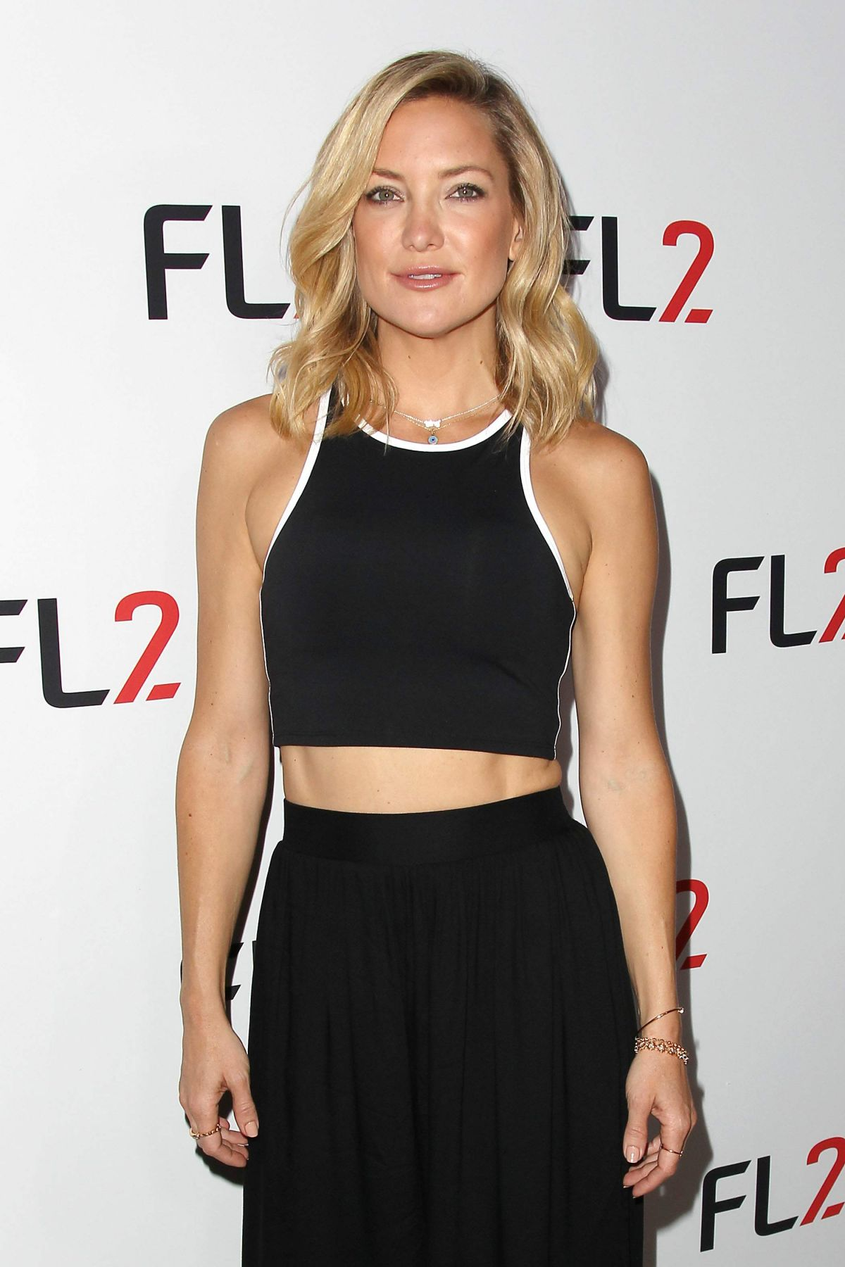 KATE HUDSON at FL2 Mens Active Wear Collection Launch in ... Kate Hudson Activewear