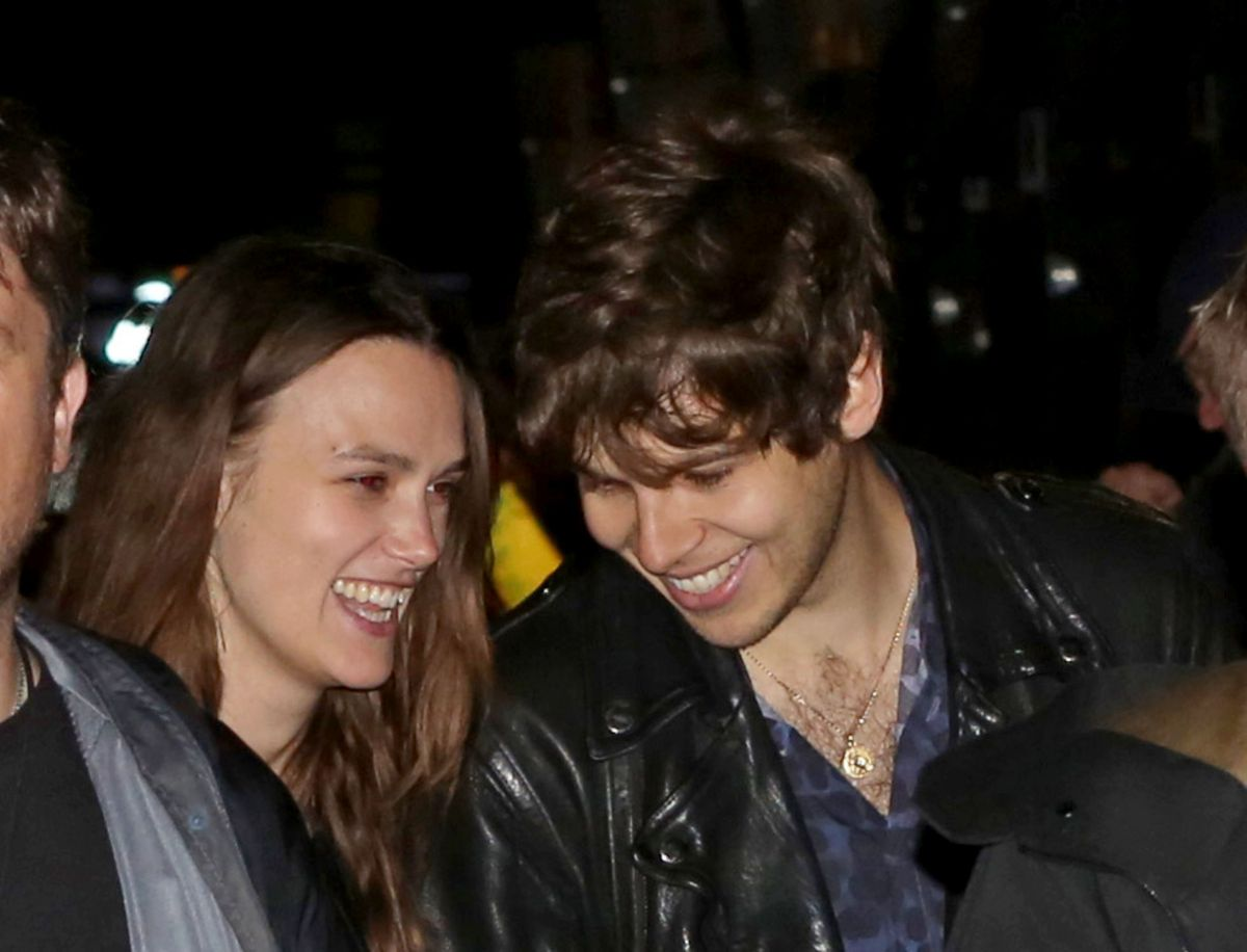 KEIRA KNIGHTLEY and James Righton at The Blur Concert at