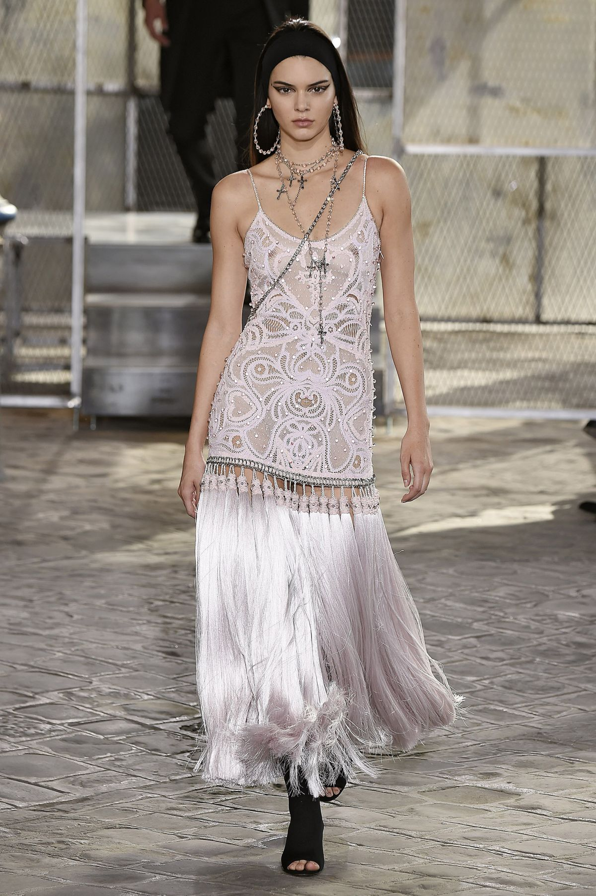Kendall jenner on the runway of givenchy fashion show in for Runway fashion show video