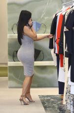 KIM KARDASHIAN Shoping at Celine on Rodeo Drive in Beverly Hills 06/12/2015