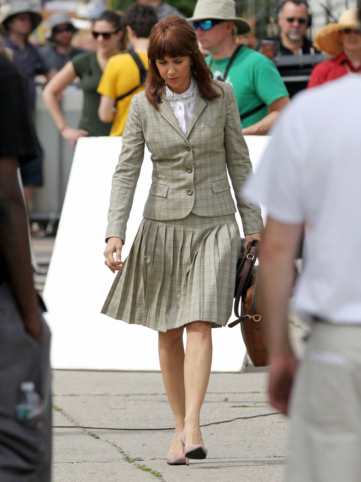 KRISTEN WIIG on the Set of Ghostbuster 3 in Boston 06/18/2015