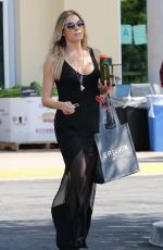 LEANN RIMES Out and About in Calabasas 06/06/2015