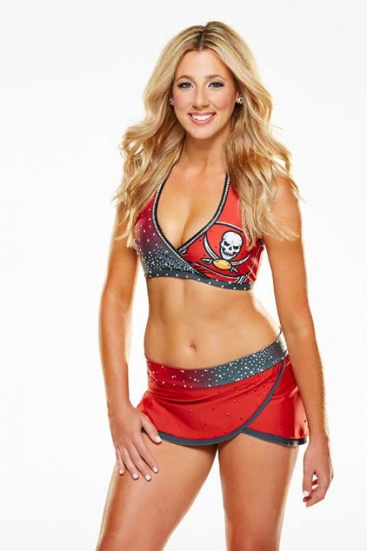 LINDSEY BELL - Tampa Bay Buccaneers Cheerleading Photoshoot
