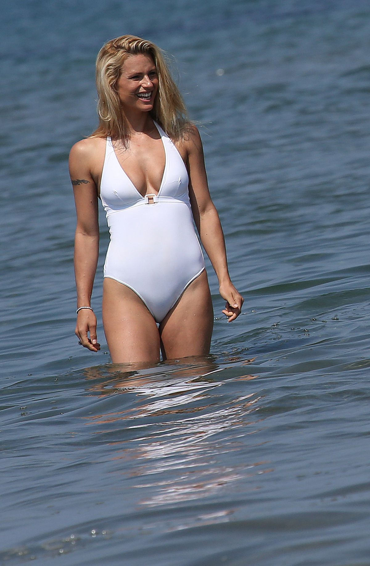 Leaked Swimsuit Robyn Nevin  naked (91 photos), YouTube, braless
