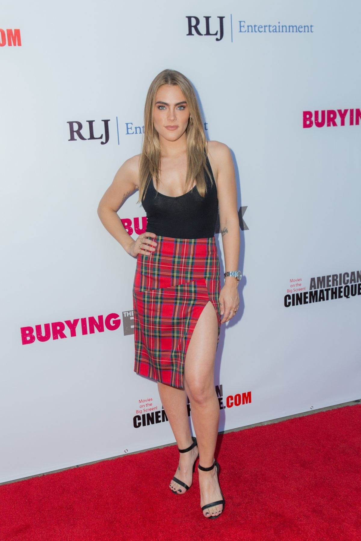 NADICE CROCKER at Burying the Ex Premiere in Hollywood