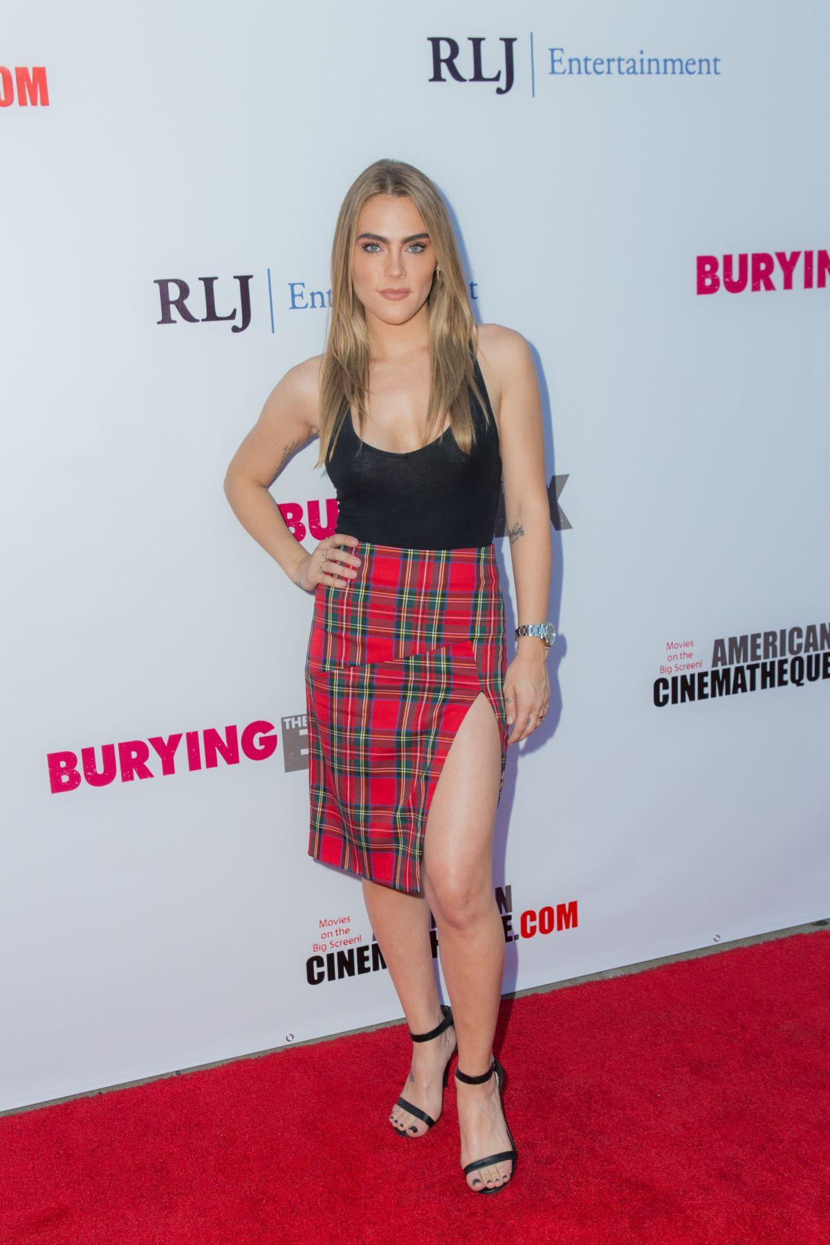 NADICE CROCKER at Burying the Ex Premiere in Hollywood