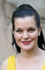 PAULEY PERRETTE at Glaza 45th Annual Beastly Ball at the Los Angeles Zoo