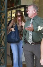 SOFIA VERGARA Out and About in Beverly Hills 06/01/2015