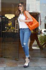SOFIA VERGARA Shopping at Geary