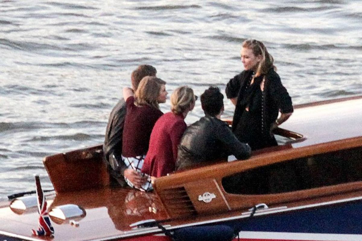 TAYLOR SWIFT at a Boat in London 06/28/2015
