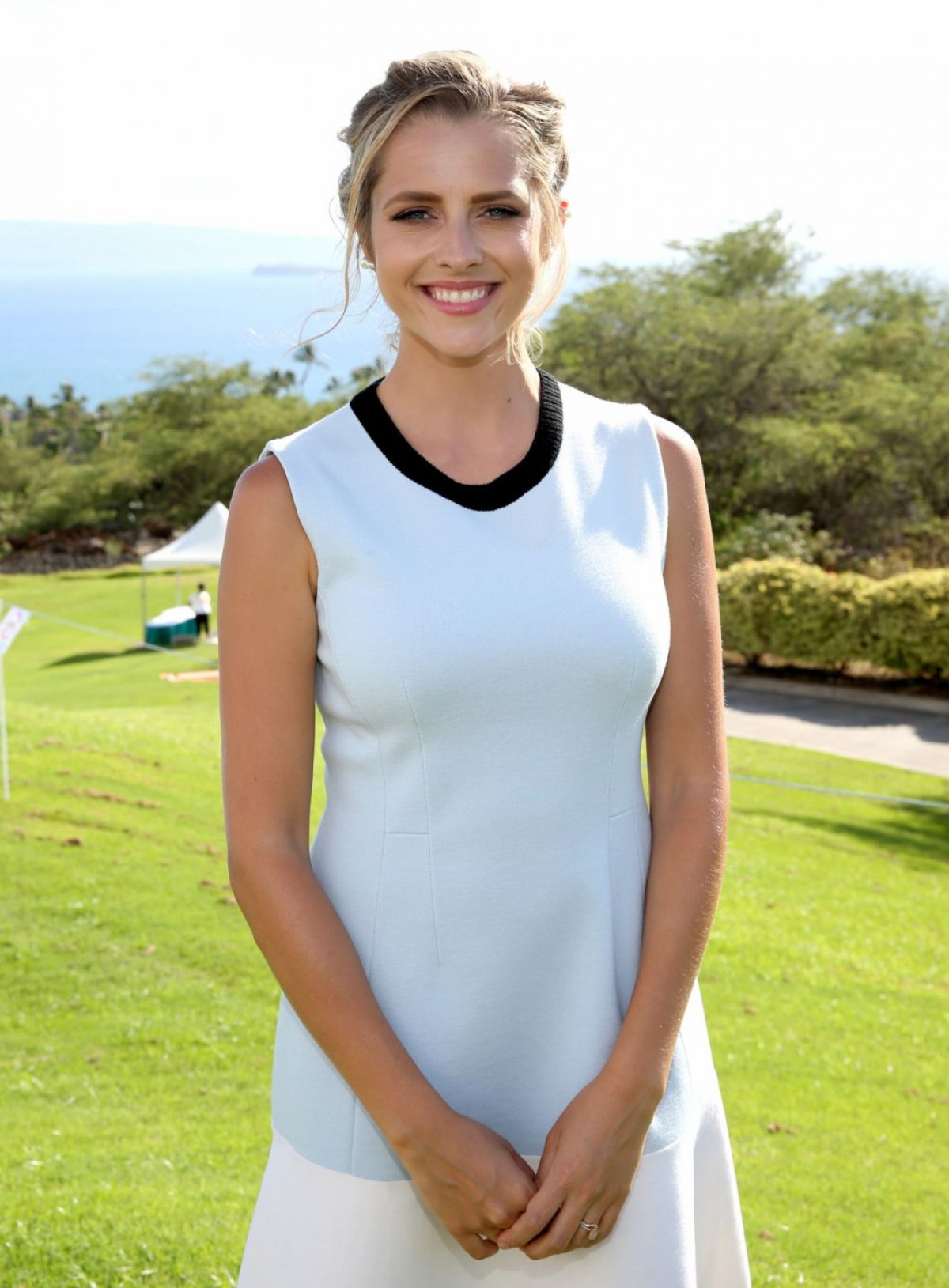 TERESA PALMER at Taste of Wailea at the 2015 Maui Film Festival